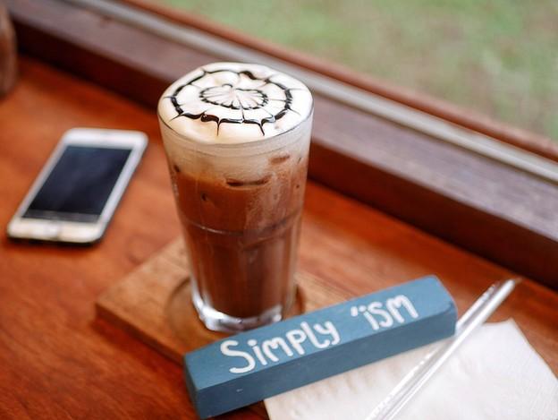 8 ร้านกาแฟ ย่านกะทู้ ภูเก็ต